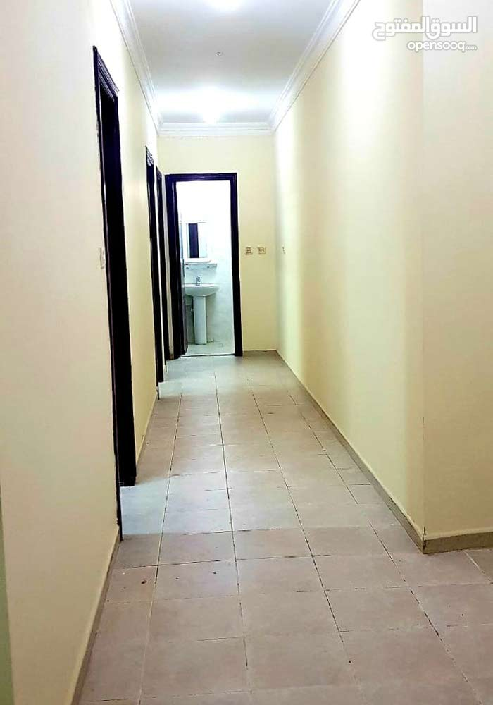 brand new bachelors 4-bedroom Available in umm ghuwailina