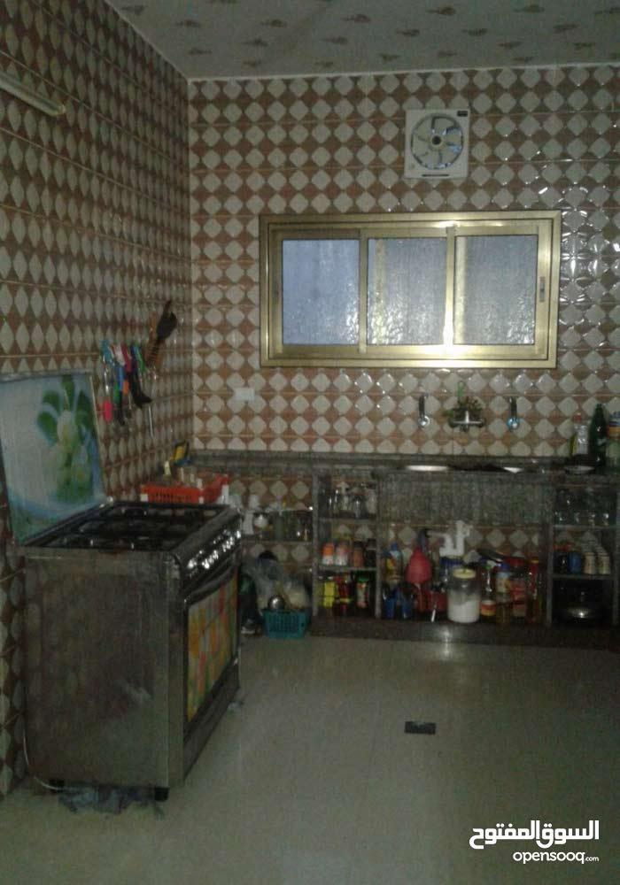 منزل من طابقين بدير البلح
