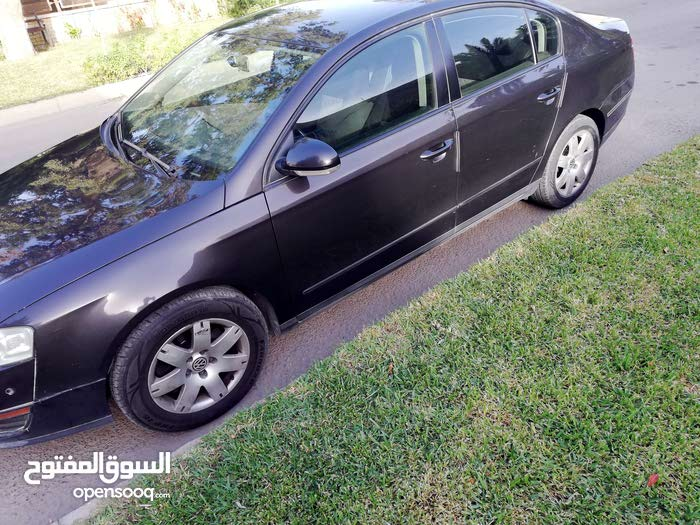 Used 2011 Volkswagen Passat for sale at best price