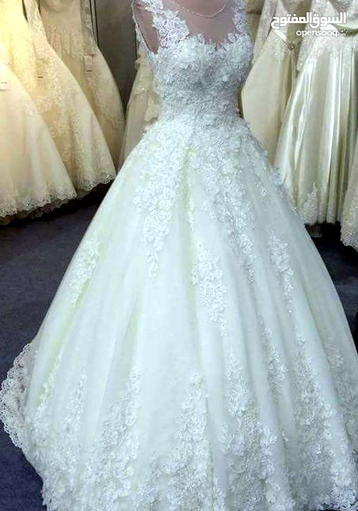 فستان ابيض للعروس ايجار