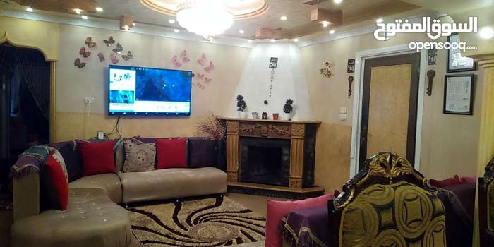 3 rooms 2 bathrooms apartment for sale in IrbidAl Hay Al Sharqy