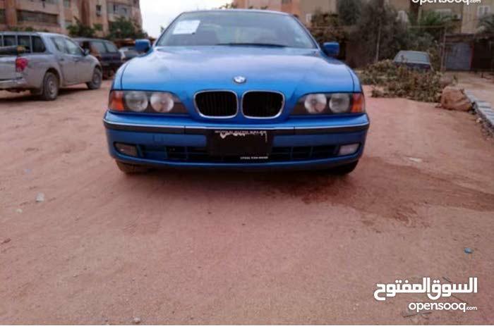 BMW 528 2015 - Benghazi