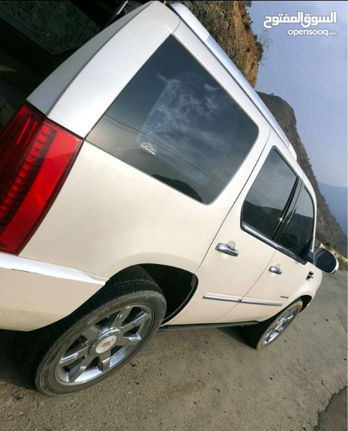 Other Cadillac 2012 for sale - New - Abha city