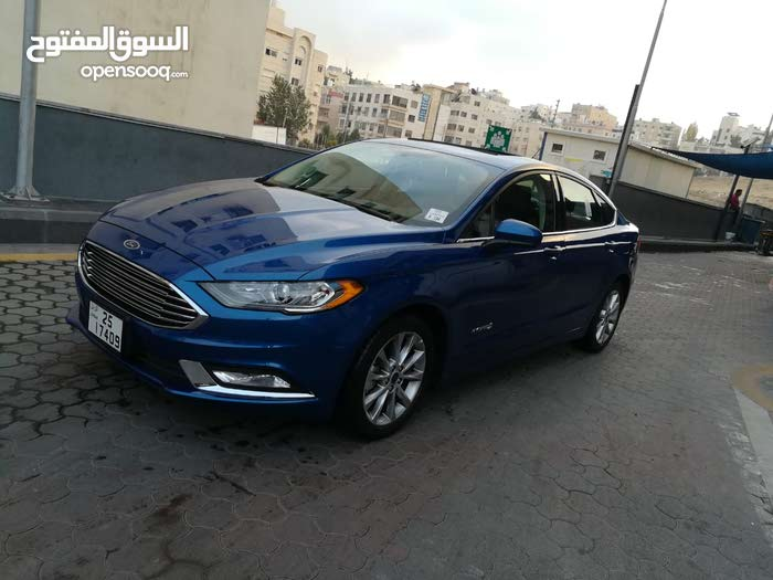 Available for sale! 40,000 - 49,999 km mileage Ford Fusion 2017