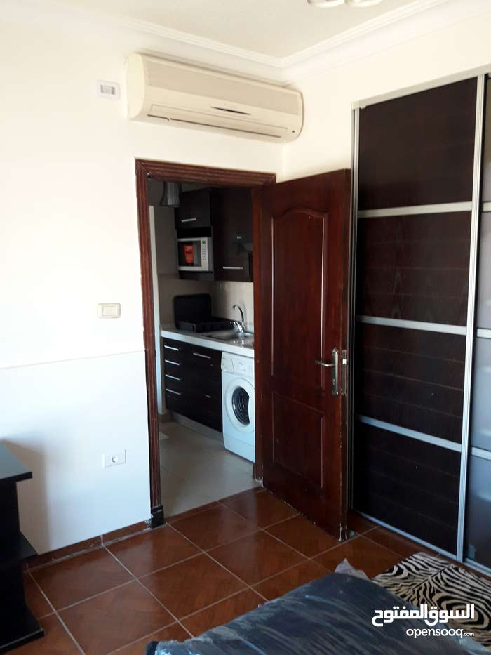 شقة في شارع مكة مفروش للايجار