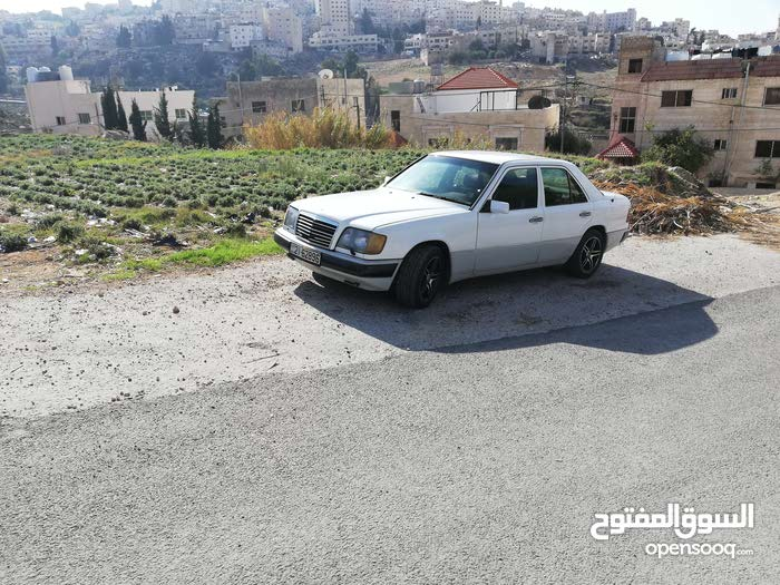Best price! Mercedes Benz E 200 1990 for sale