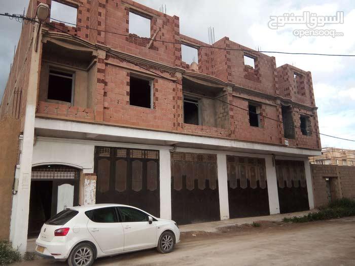 منزل بحي الرياض باتنة