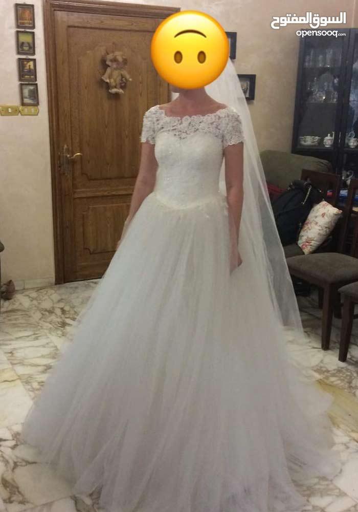 5ec81698dfd Used wedding dress for sale   بدلة عروس مستعملة - (104298428)