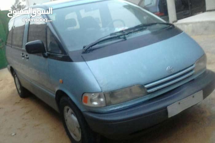 Blue Toyota Previa 1995 for sale