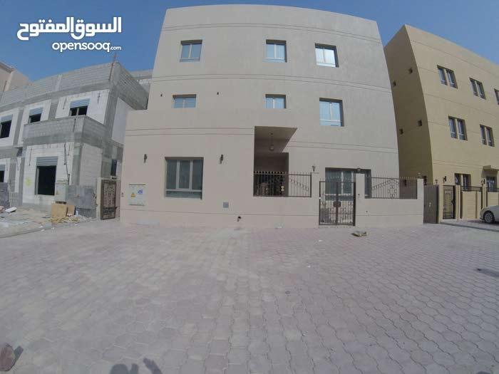 Jaber Al Ahmed neighborhood Kuwait City city - 125 sqm apartment for rent