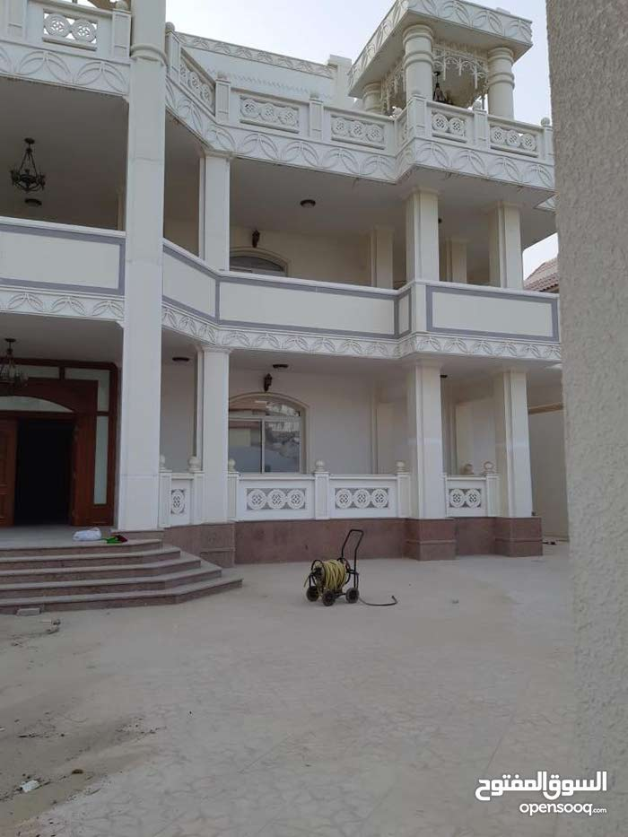 Villas in Abu Dhabi and consists of: More Rooms and More than 4 Bathrooms is available for sale