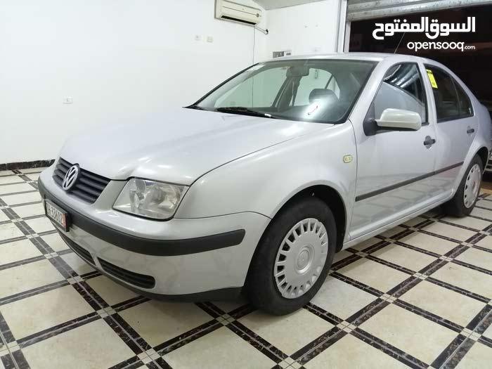 Grey Volkswagen Bora 2000 for sale
