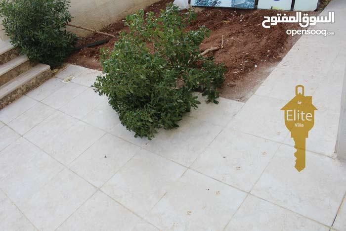 شقه طابق أرضي للبيع في الاردن - عمان - الرابية مساحة 150م