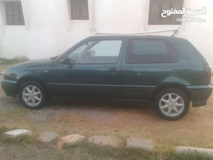Used Volkswagen Golf for sale in Tripoli