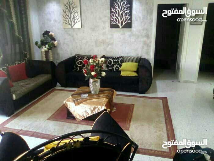 شقة 4 غرف للايجار - تونس العاصمة