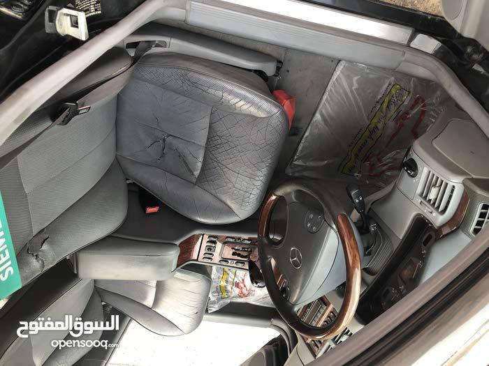 للبيع سياره مرسيدس نوع E320 فل كامل 2001