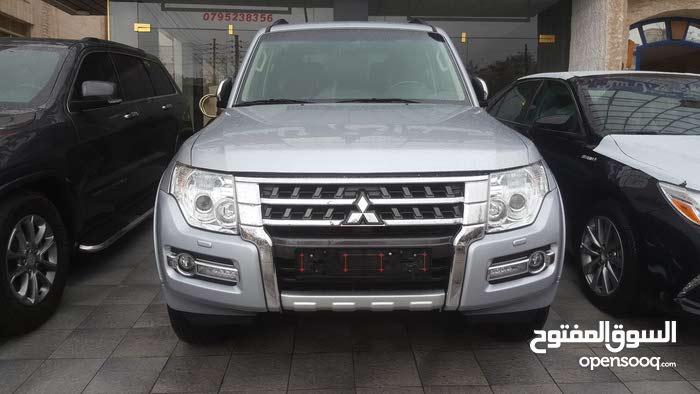 Automatic Silver Mitsubishi 2016 for sale