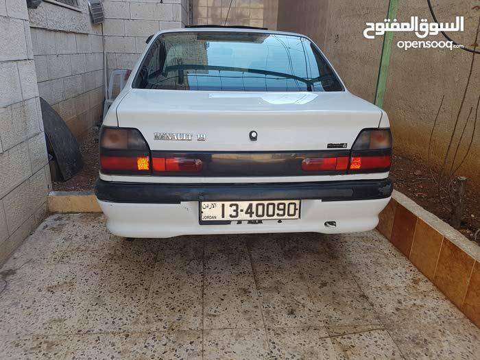 سياره رينو 19 ، موديل 1995.