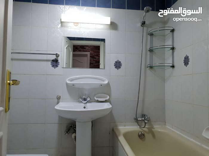 سكن فاخر جدا للشباب العرب في منطقه ابوهيل