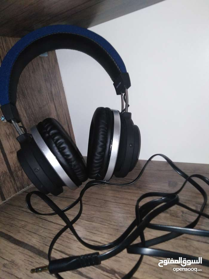 Headset available for sale for a good price