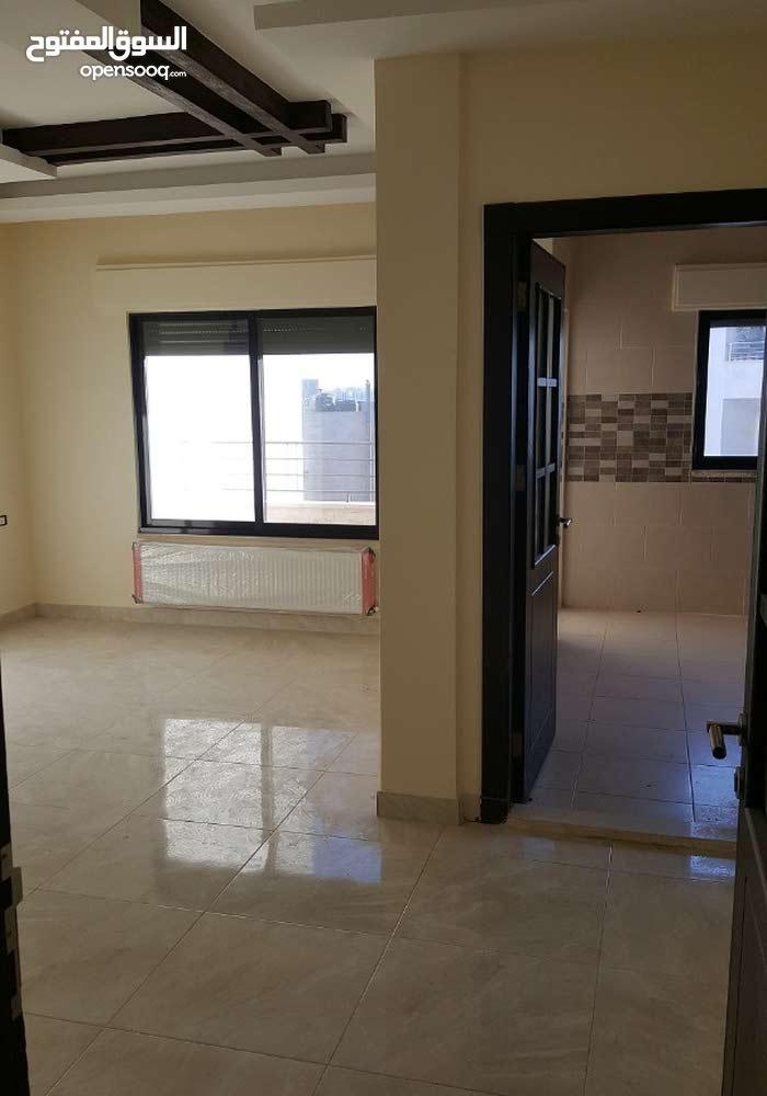 شقة فاخرة للبيع مساحتها 170 متر طابق أول في ضاحية الرشيد من المالك مباشرة