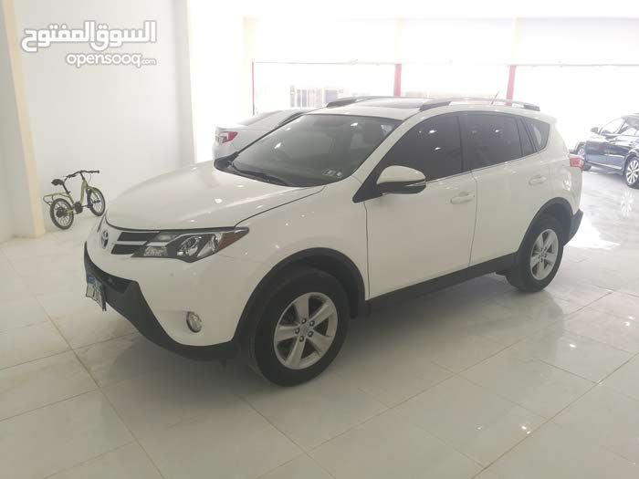 For sale 2013 White RAV 4