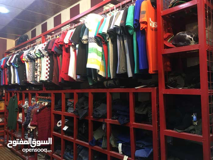 6edfa3242907a ديكور محل ملابس لبيع - (102554598)