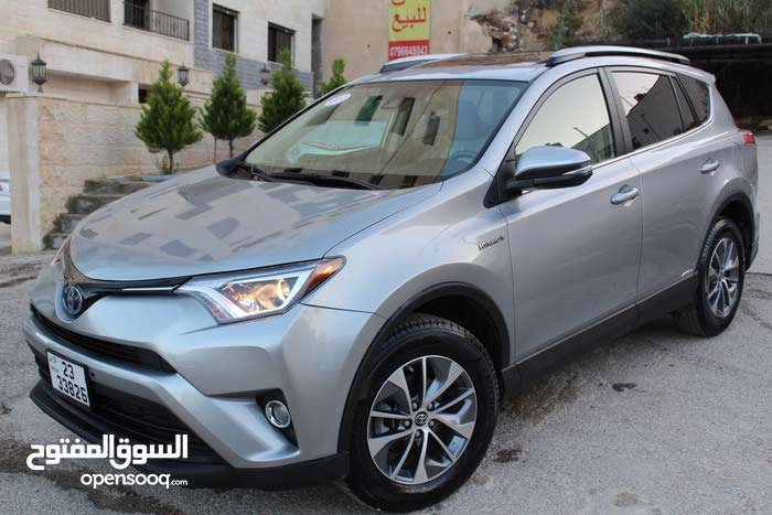 Toyota RAV 4 car for sale 2017 in Amman city