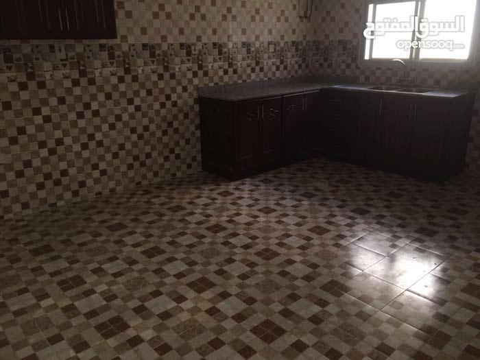 للايجار شقه 3 غرف في مدينه خليفه