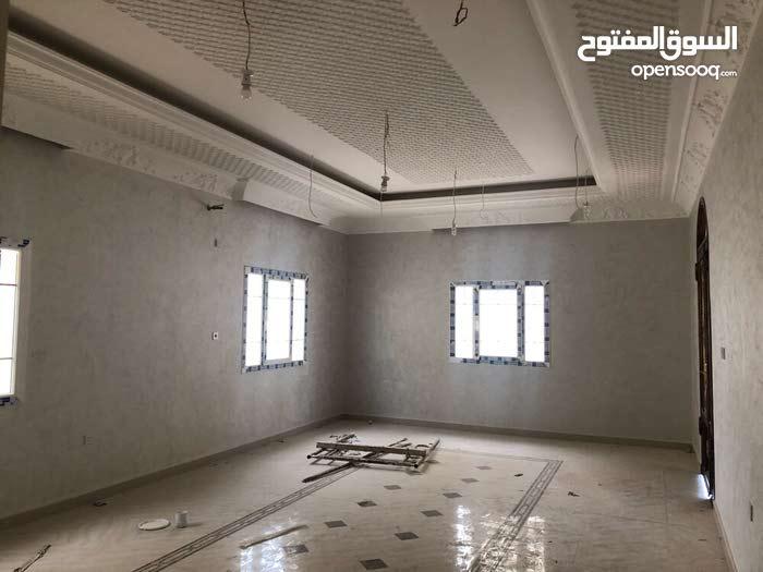 فيلا بروضة الحمامه جديدة 1200 م 7 غرف تشطيب ممتاز