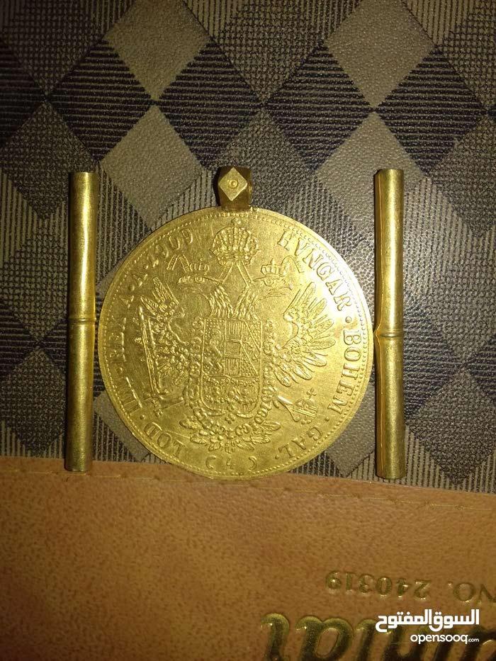 عملة نقدية آثرية من الذهب الخالص