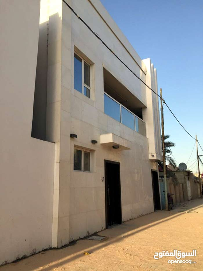 400 sqm  Villa for sale in Najaf