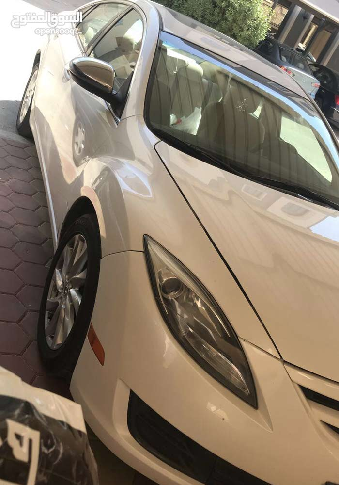 Automatic Mazda 2012 for sale - Used - Mubarak Al-Kabeer city