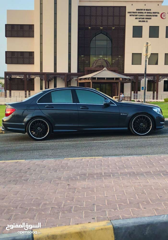 For sale 2013 Grey C 300