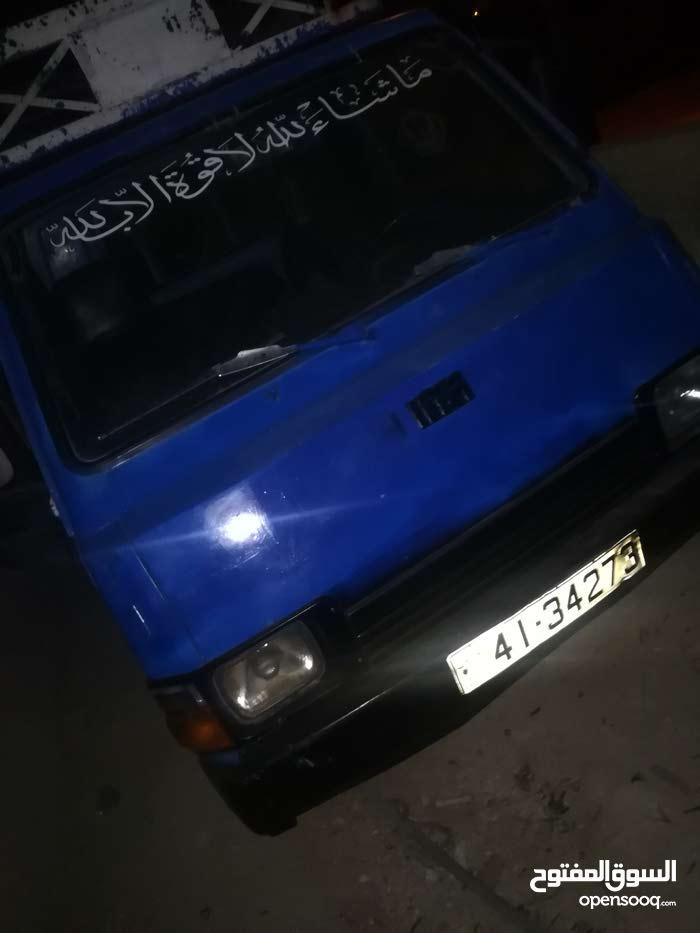 بنجو كيا  1993 للبدل علا سياره او للبيع
