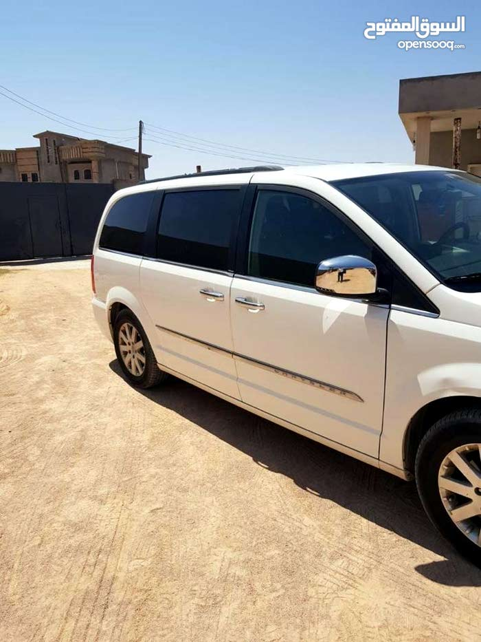 Chrysler Town & Country car for sale 2012 in Misrata city