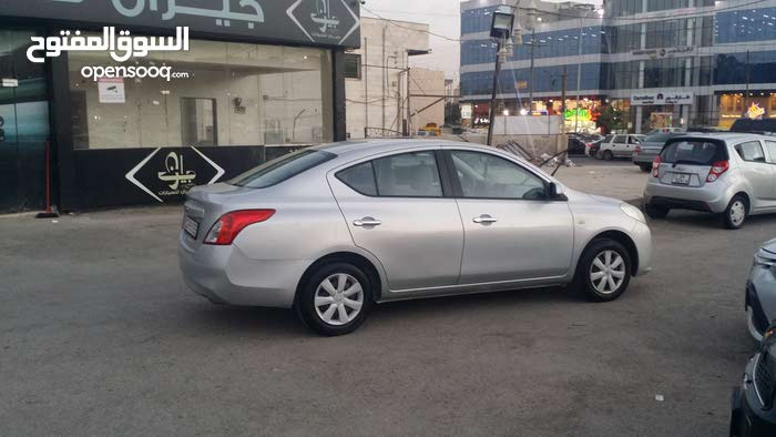 Nissan Sunny made in 2014 for sale