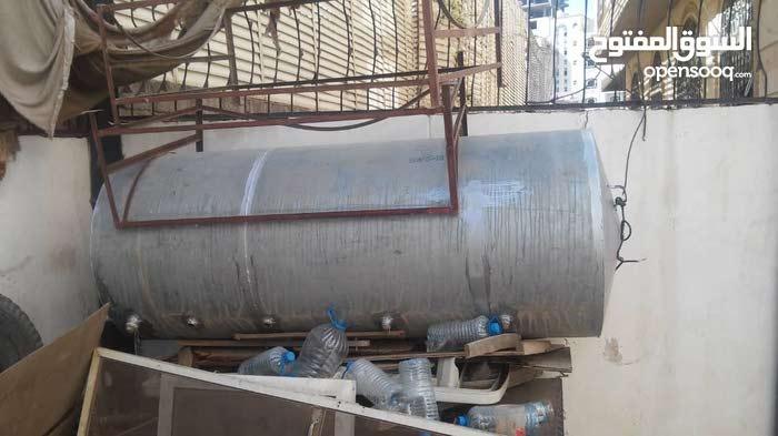 للبيع خزانات ماء حديد ابو 18 مستعمل نظيف