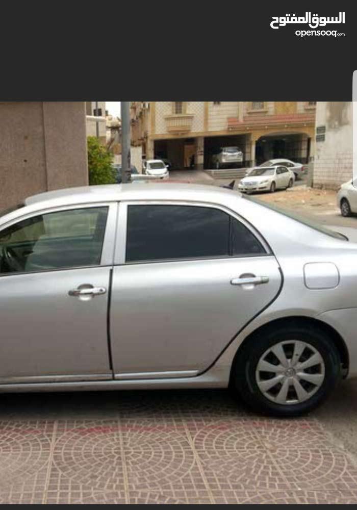 سيارة تويوتا كورولا 2011 بحالة ممتازة جدا