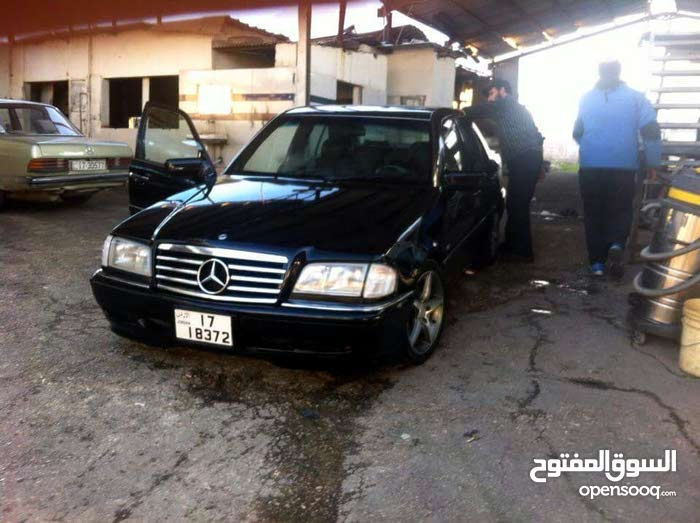 Black Mercedes Benz C 200 1995 for sale