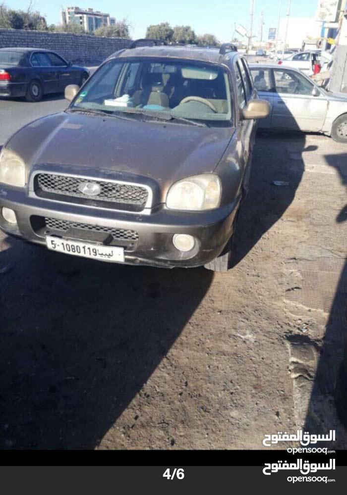 +200,000 km mileage Hyundai Santa Fe for sale