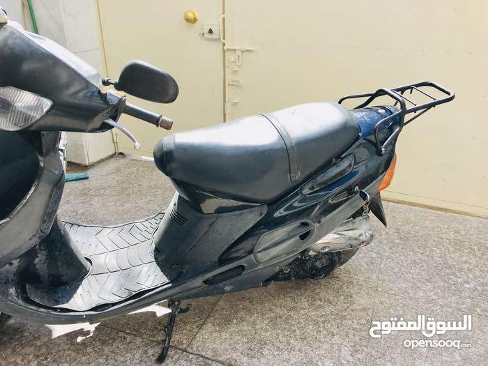 دراجة سوزوكي سرعة 100 السعر 350 الف