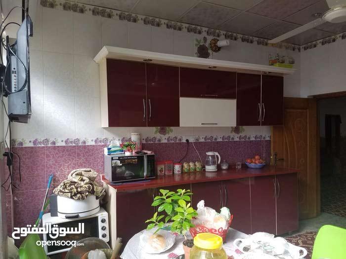 للبيع فقط بيت حديث البناء في كربلاء طويريج يحتوي على 4 غرف و 3 حمامات السعر 110
