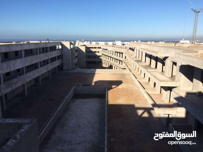 بيع مشروع سكني و سياحي و تجاري بالمنطقة السياحية قرب البحر باكادير المغرب.