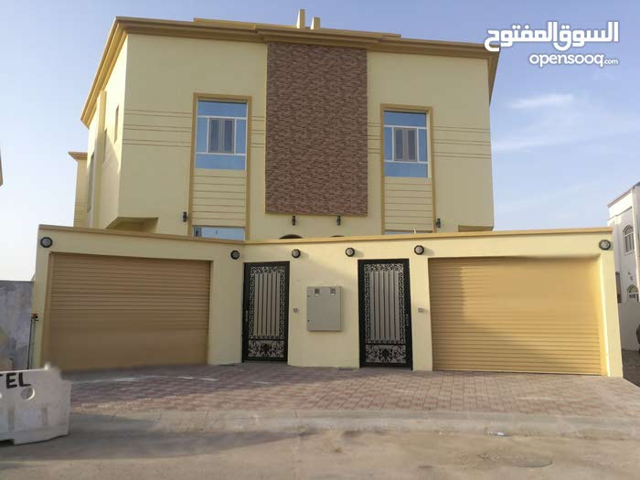 Khoud property for rent with 4 rooms