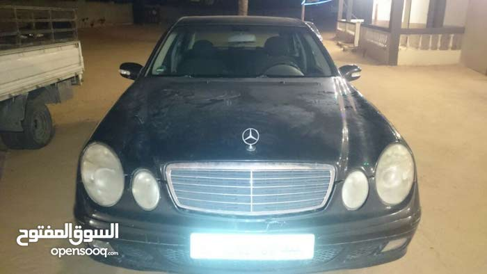 Mercedes Benz E 200 2005 - Manual