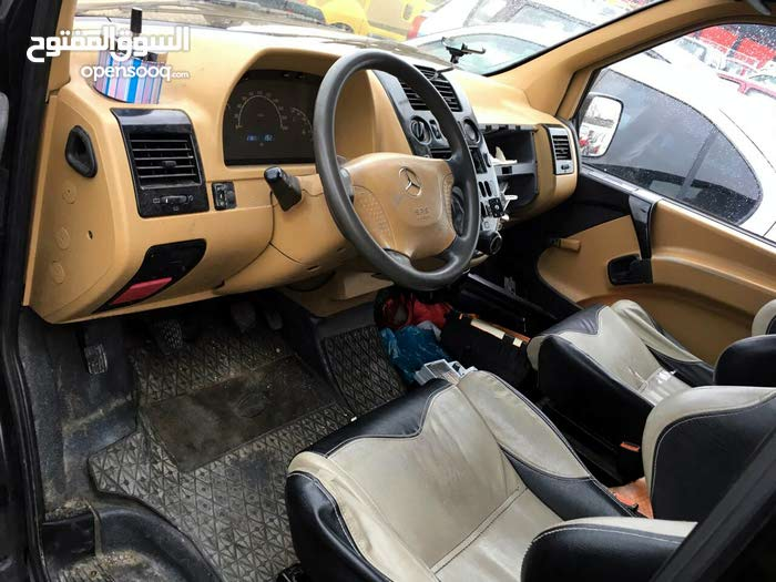 Available for sale! +200,000 km mileage Mercedes Benz Vito 2000