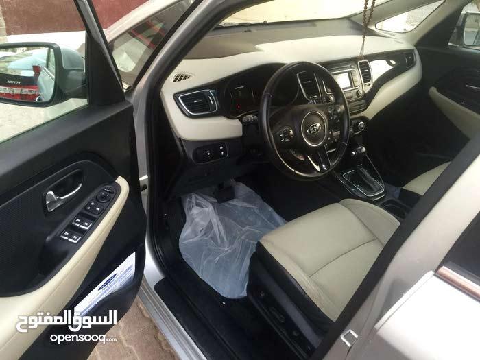 Grey Kia Carens 2014 for sale