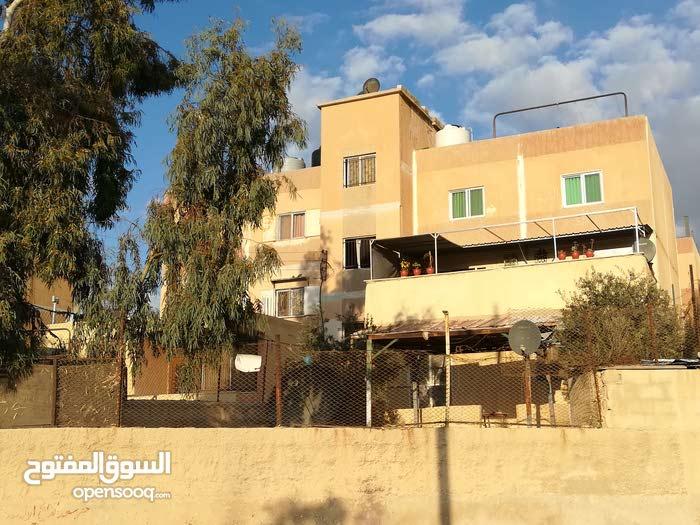 for sale apartment consists of 2 Rooms - Al Autostrad