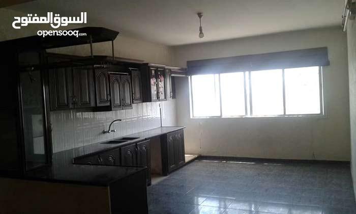 شقه للايجار برج شرف قريبه من شركه كهرباء غزة